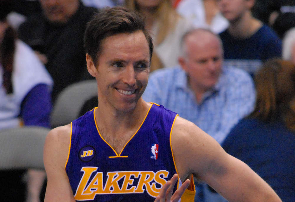 steve nash Steve nash, jason kidd, grant hill and maurice cheeks reportedly will be inducted into the naismith memorial basketball hall of fame as part of its 2018 class.